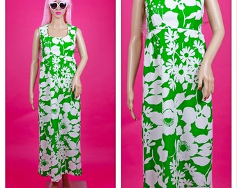 Vintage 1970s Bright Green and White Floral Print Maxi Dress
