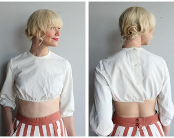 Late 1940s Crop Top // Chas A. Lewis Ivory Cropped Blouse // vintage 40s crop top