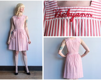 1940s pinafore Dress // Vickyann Candy Striper Pinafore // vintage 40s pinafore dress