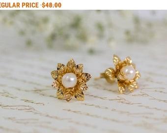 SALE - Pearl Stud Earrings, Flower Studs, Floral Jewelry, Flower Pearl Earrings, Bridesmaid Pearl Jewelry, June Birthstone Earrings, Gift