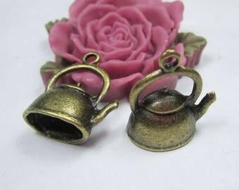 10 Teapots, Teapot charm, Teapot pendant, Antique Bronze 3D Teapot necklace Pendants-17x10x19mm