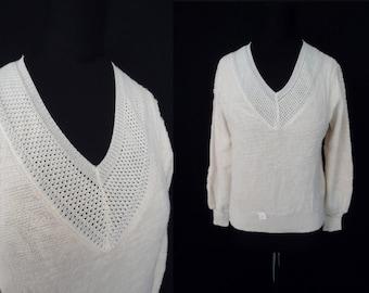 FUZZY Ivory V-Neck Vintage 1970's 1980's NOS Women's Sweater S M