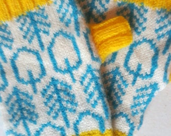 Into The Woods - Cosy Winter Wrist Warmers
