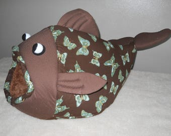 Fish Shaped Pet Bed Butterflies with a Brown Head Fabric