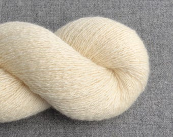 Reclaimed Cashmere Yarn, Lace Weight, Ivory, Lot 010717