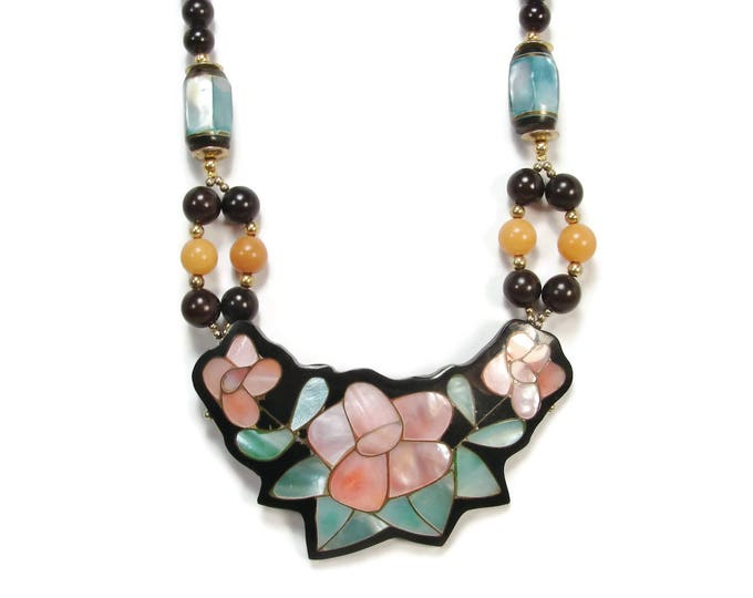 Lee Sands MOP Mother of Pearl Flower Necklace