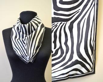 1960s Black and White Zebra Scarf
