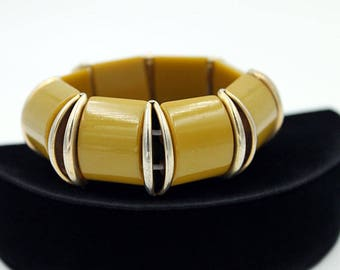 Chunky Bakelite Stretch Bracelet in Olive Green