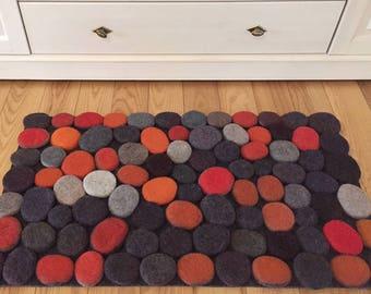 Felt stone rug / bath mat super soft with soft core  3D multicolor in Orange/Gray shades . Size 90 cm x 50 cm. Ready to ship!