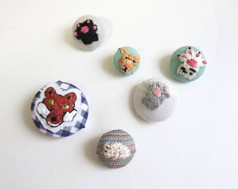 Hand Embroidered Fox Button Cat Paw Embroidery Rat Art Cat Button