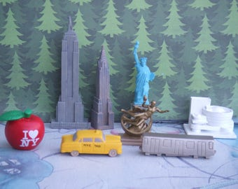 Lead Free. New York City Landmarks Cake Toppers. Group of 8 Figures Made by Safary Ltd.