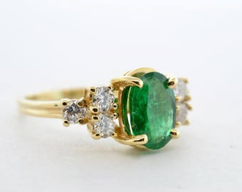 10K Yellow Gold 1.35ct Oval Emerald .25ctw I1/G-H Diamond Ring- Size 6.25