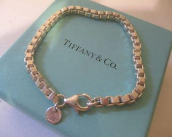 Tiffany and Co. Venetian Box Link 925 Sterling Silver Bracelet Box Pouch
