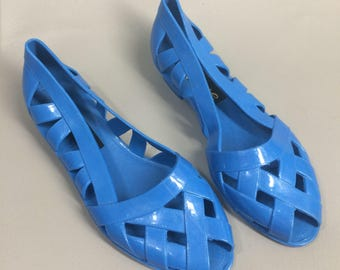 Blue 80s Jelly Shoes. Love Brand Jellies. Blue Jelly Sandals. 80s Jellies. Rubber Shoes. Plastic Shoes. Blue Flats Slip On. US Womens Size 7