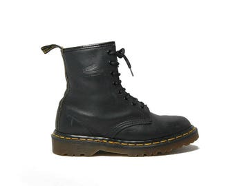 1990s Dr Martens 1460 Black Greasy Boots Docs 1460s 8 Hole Size UK4 / Womens US6 Quality Made In England 90s Vintage Industrial Grunge