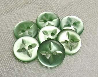 "A Bit of Mint: 5/8"" (15mm) Light Green Buttons - Set of 7 Vintage New Old Stock Matching Buttons"