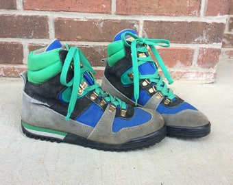 vtg 70s bright green TECNICA lace up HIKING BOOTS 9 womens colorful blue ankle Italian