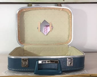 Charming Vintage Small Blue Suitcase ~ Accessory Case ~ Beauty Case ~ Vintage Luggage In Excellent Condition