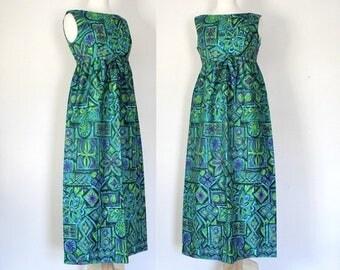 ON SALE 60s Dress / 60s Hawaiian Dress / 60s Maxi Dress / Tiki Dress  / 60s Novelty Print / Mad Men Era