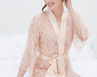 Tulip French lace & silk bridal kimono robe in Blush pink