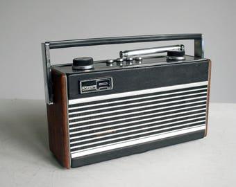retro black roberts radio rfm