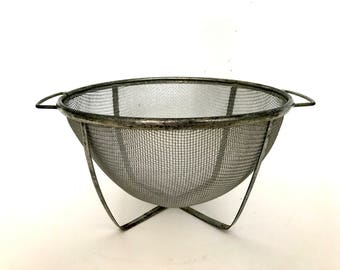 Vintage metal wire strainer / colander