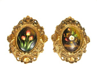 Set of Two Paintings, Gold Gilded Gesso Frames, Gilt, Gold Leaf, Rococo Style, Hand Painted, 2 Small Floral Paintings, Flower, Excellent