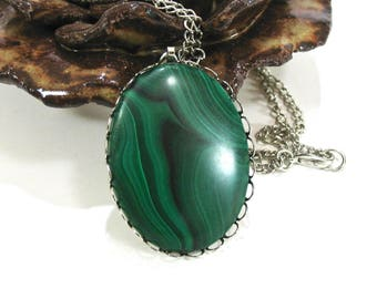 Large Banded Malachite Pendant Necklace, Green Stone Cabochon, Natural Stone, Silver Tone, Long Chain, Summer Casual, Gift Idea, Excellent