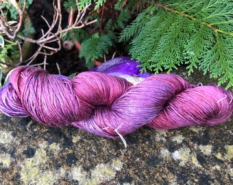 """Fingering weight weight silk/seacell  yarn """"dried flowers """""""