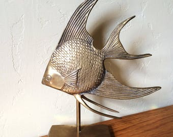 Vintage Brass Angelfish On Stand, Angelfish Figurine, Mid Century Brass Fish Angel Fish, Beach Decor Nautical Decor Rosenthal Netter