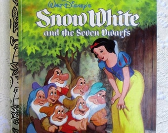 SALE 20% OFF Snow White and The Seven Dwarfs 1990s Golden Book Collectible Children's Book, Excellent condition