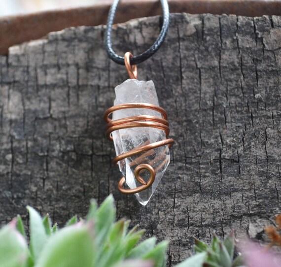 Clear Quartz Necklace, Copper Wrapped Quartz, Quartz Point Necklace, Quartz Stone, Natural Stone, White Stones, Healing Stones