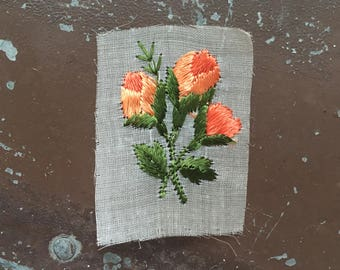 Floral Silk appliqué cute flower patch antique floral embroidered patch peach green roses original unused on gauze vintage bohemian Art Deco