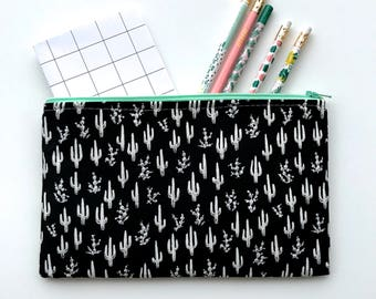 Cactus Zipper Pouch, Cactus Pencil Case, Plant Pencil Pouch, Succulent Cosmetic Bag, Gift bag, Cosmetic pouch