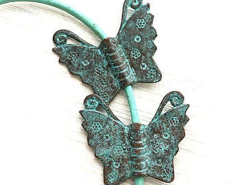 Copper Butterfly pendant beads Verdigris Green patina Butterfly metal charms Butterfly connector bead Greek metal casting - 2Pc - F290