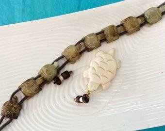 Honu Beads - DIY  Bracelet - bone turtle pendant - Hawaiian Honu Jewelry - 8 Stone Sea turtles for a stretch bracelet - Bone focal point