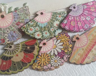 29 x 47 mm (one-Sided) Wooden Fan Pattern assorted colour   (t.s)