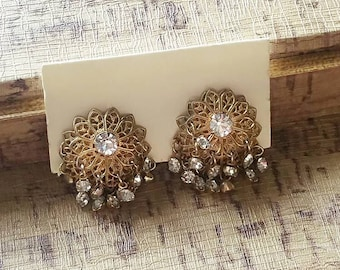 Vintage Gold Filigree Flower Rhinestone Clip On Earrings