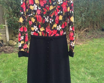 1960's red and black floral patterned dress.