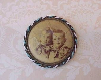Sweet Little Victorian Photograph Brooch Enameled Frame