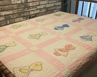 Quilt / Sunbonnet Sue Quilt / Dutch Doll Quilt / Vintage Quilt / Twin Quilt / Homemade Quilt / Handmade Quilt