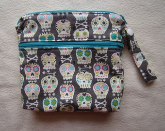 "Made To Order: XSmall wet/dry bag, 6""X8"", skulls print."