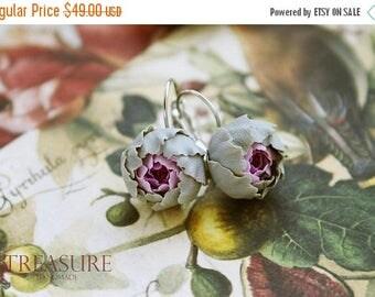 SALE Flower earrings, khaki flower earrings, gift idea, gift for woman, gift for her, khaki earrings, purple flower earrings, purple earring