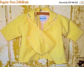 ON SALE Vintage Little Girls Outerworks Yellow Light Coat And Hat Made In The USA, White Rick Rack, Satin Lining, Light Jacket, Summer, Spri