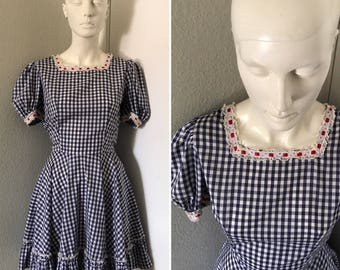 vintage Rockabilly dresss blue checkered lace trimmed square dance rodeo dress circle skirt country western style pinup model