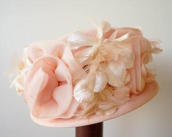 Vintage Floral Pillbox Hat, 1950s Floral Hat, Vintage Millinery, Vintage Hat, Pillbox Hat, Bucket Hat, Flower Hat, Pillbox Hat
