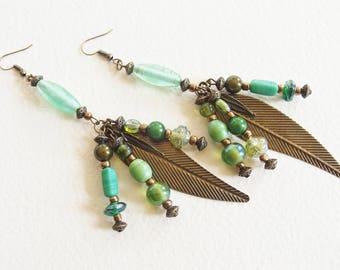 Boucles d'Oreilles Ethniques longues - Au creux de la Forêt - Perles de verre et métal Bronze - Bijou créateur, pièce unique