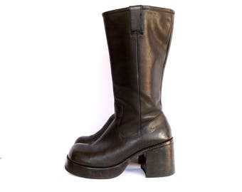 9 90's Chunky Platform Black Leather Boots, 9, 90's Black Leather Riding Boots 9