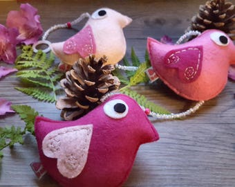 Pink Ombre, Plush Wall Hanging, Bird Housewarming, Baby Decoration, Simple Birds, Themed Party Decor, Girl Bedroom, Decorating Ideas, Nature