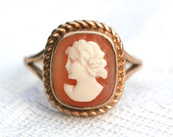 Vintage 9ct 9 Carat Yellow Gold Carved Shell Cameo Dress Ring 1970s